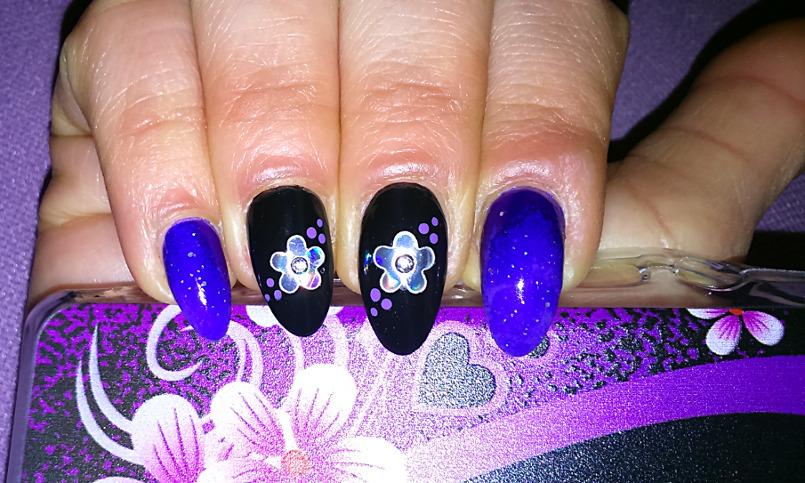 Nail art fiori effetto specchio e sfumature viola nailartenon - Nail art a specchio ...