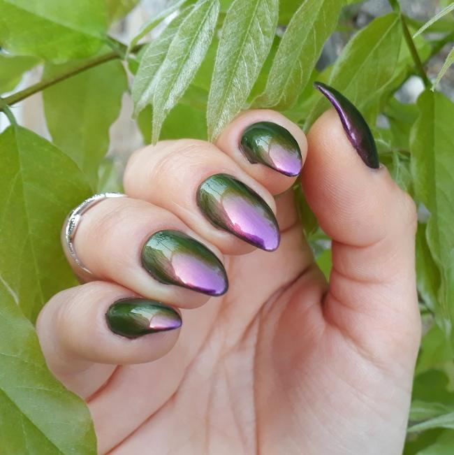 Beauty Bigbang Chameleon polish 03 magenta4