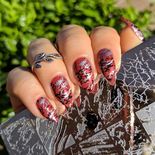 Kiko Magical Holiday 01 Red Orion nail art stamping
