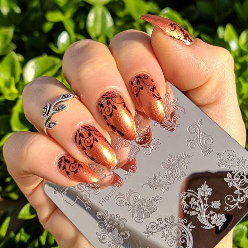 Mavala Quebec e stamping nail art ghirigori plate